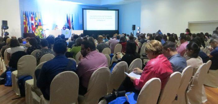 Participación en el VIII Encuentro Internacional de la Red Kipus en Costa Rica, 13-16 marzo, 2018
